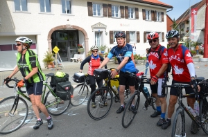 Robert meets his Canadian twin - two Canadian couples on bike tour through Europe.